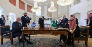 اليونان توقع اتفاقاُ مع السعودية لإعارتها منظومة باتريوت مع تزايد هجمات الحوثيين