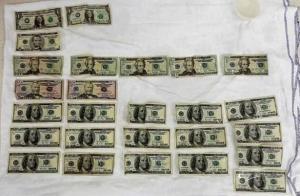 العثور على 1800 دولار في معدة نازح سوري