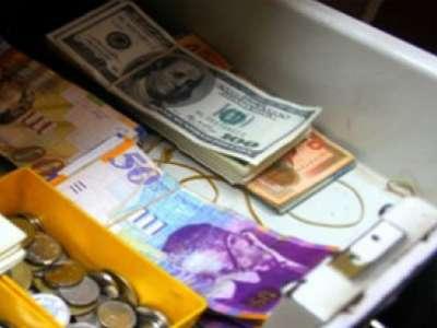 مجدلاني:لغاية الان لم يتوفر في خزينة وزارة المالية ما يمكن من صرف نصف راتب