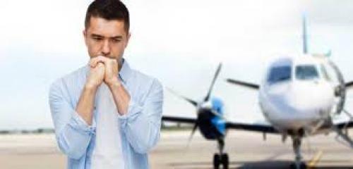 كيف تتغلّب على الخوف من السفر بالطائرة؟