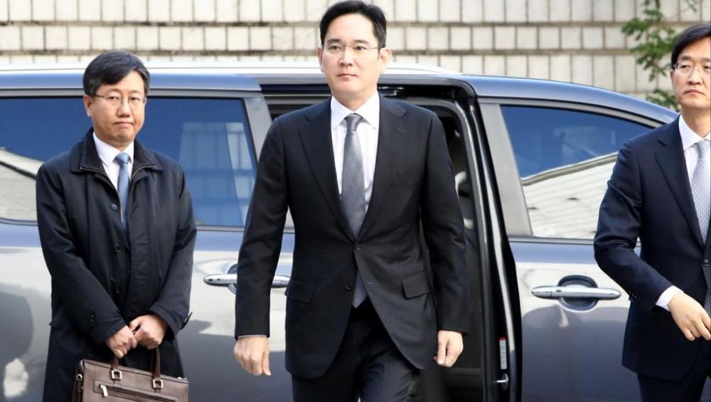 فضائح الفساد تعصف بإدارة سامسونغ