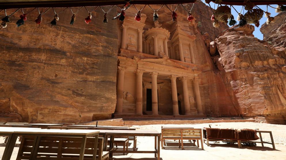 وزير السياحة: نحو 42 ألف مغترب قدموا للأردن في أيار الماضي
