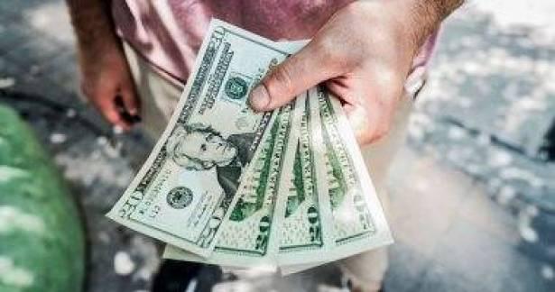نقود من حيث لا تدري  ..  7 حيل غريبة لكسب المال