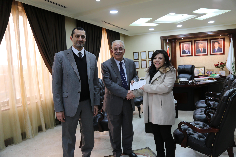 الزيتونة الأردنية تكرم الدكتورة سنقرط بمناسبة حصولها على جوائز علمية عالمية رفيعة