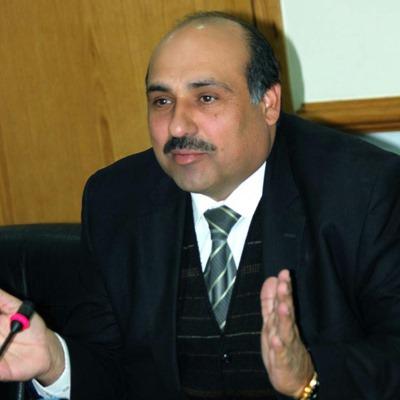 النائب فيصل الاعور يدعو الحكومة الى دعم أندية الزرقاء وفتح مراكز شبابية