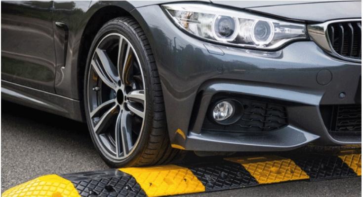 تعرف على أضرار المطبات الصناعية على السيارة وكيفية تجنبها