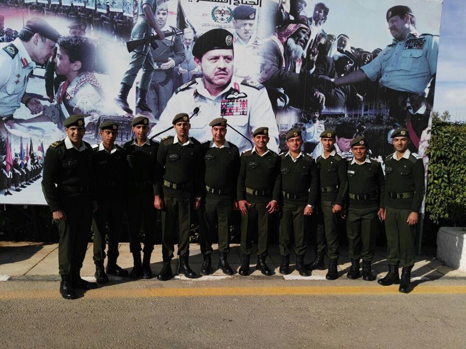 """تهنئة لخريجي دورة الضباط المهنيين """"18""""  الجيش العربي."""