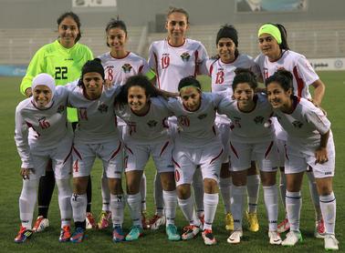 منتخب الكرة النسوي يدخل معسكره المغلق غدا