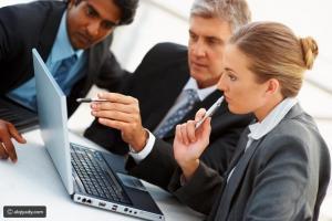 كيف تختلف مع مديرك في الرأي وتحتفظ بوظيفتك؟