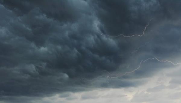 توقع لسقوط أمطار ليلة ونهار الأربعاء