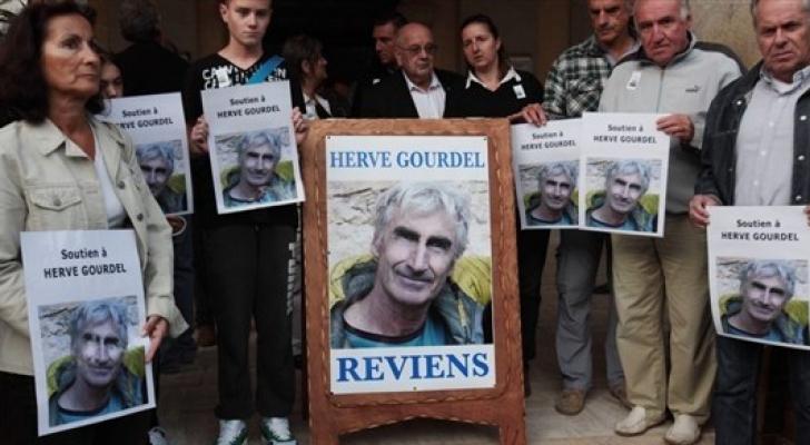 الجزائر: الإعدام للمتّهم الرئيسي بقتل سائح فرنسي