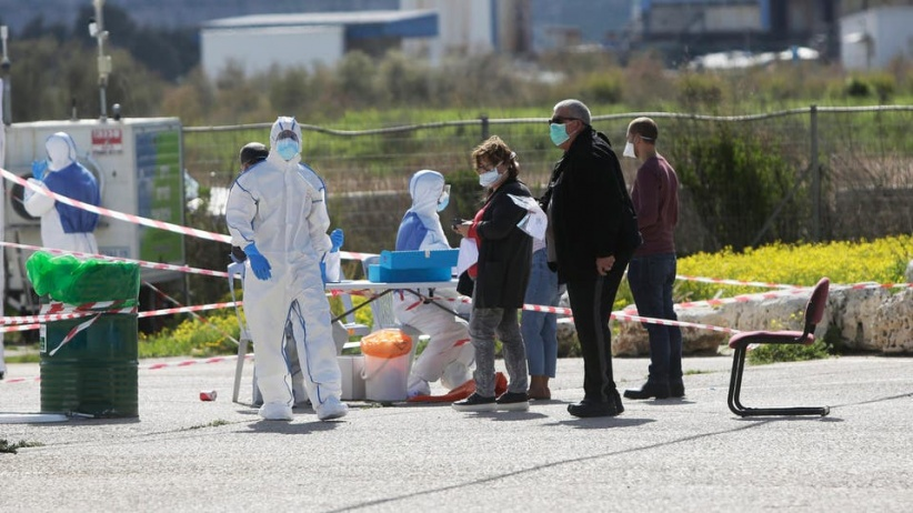 """تسجيل """"3"""" إصابات جديدة بفيروس كورونا بينهم طفلان في بدو وسعير"""