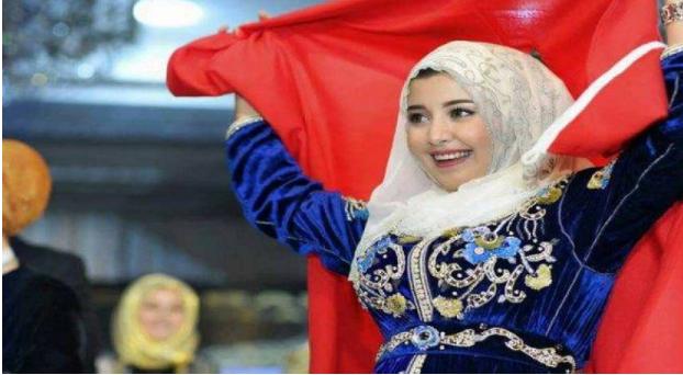 أحلام في عزاء بسبب فاجعة المغرب ..  ومن هي النجمة التي نجت منها؟ 17 أكتوبر 2018