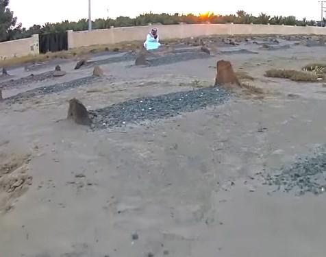 بالفيديو  .. أفضل الصدقات على الميت في قبره