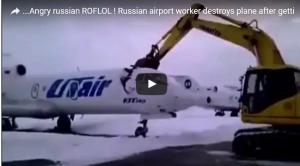 روسي يحطم طائرة بعد طرده من العمل