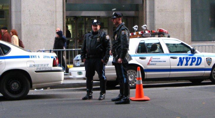 بعد خروجه من السجن بيوم واحد ..  القبض على أمريكي حاول السطو على بنك