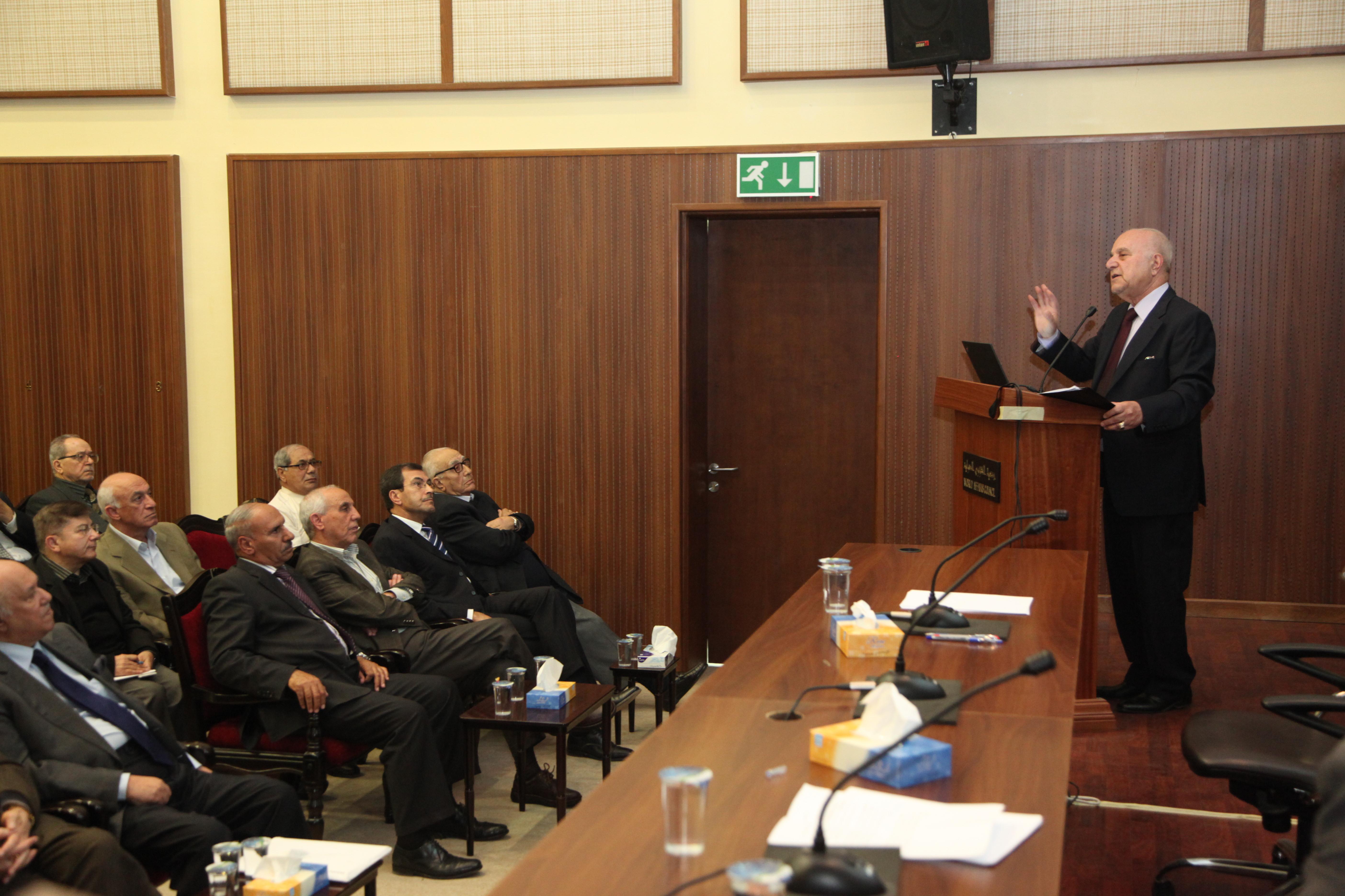 """الدكتور عدنان بدران يحاضر في جمعية الشؤون الدولية""""الإصلاح ومنظومة التعليم العالي"""""""