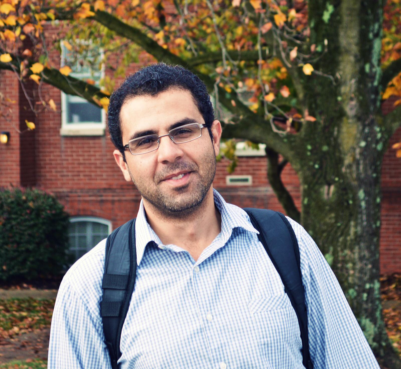 """الدكتوراه في تكنولوجيا التعليم لـ""""ماهر الخطيب""""  ..  مبارك"""