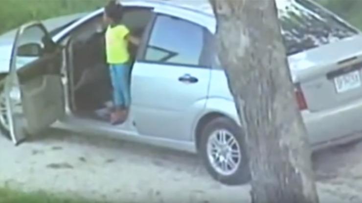 فيديو : سرقت السيارة والطفلة بداخلها ..  لن تُصدّقوا من عثر عليها!