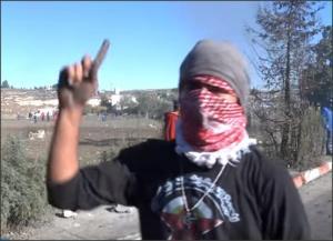 بالفيديو .. رسالة من شباب الأنتفاضة لكل العرب
