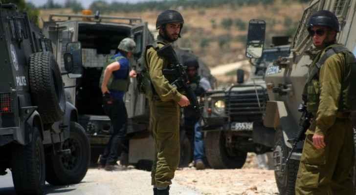 الاحتلال ينصب حاجزا عسكريا على مدخل جنين الجنوبي