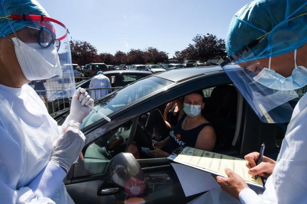 أكثر من 63 ألف إصابة جديدة بفيروس كورونا في الولايات المتحدة