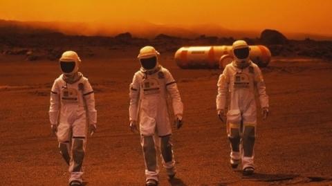 400 شاب سعودي والهجرة إلى المريخ
