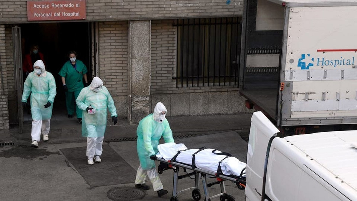 أقل بـ1918 شخصا ..  إسبانيا تصحح رقم وفيات كورونا