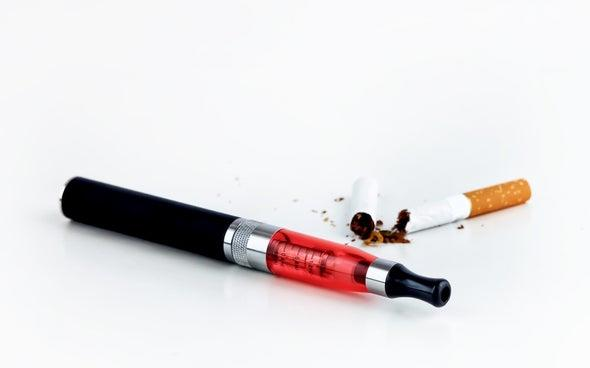 السجائر الإلكترونية: تسبّب ارتفاع ضغط الدم والجلطات