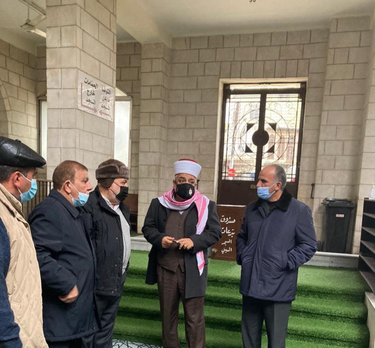 وزير الأوقاف و محافظ العاصمة يتفقدان المسجد الحسيني بعد الأضرار التي تعرض لها نتيحة الحالة الجوية