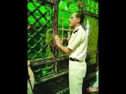 بالفيديو ..  شرطي مصري يشعل مواقع التواصل الاجتماعي بهذا التصرف
