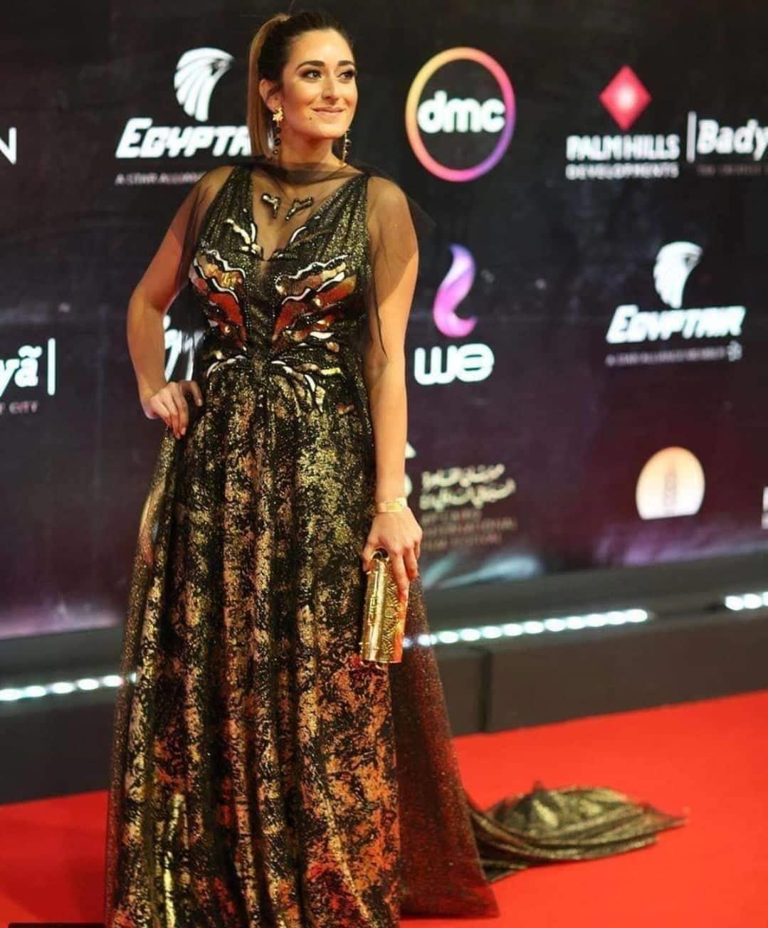"""ظهور ملفت لـ""""امينة خليل"""" في مهرجان القاهرة الدولي -صور"""