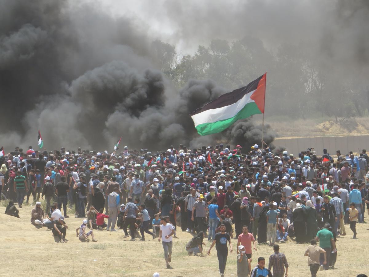 63 اصابة جراء اعتداء قوات الاحتلال على مسيرات العودة شرق قطاع غزة