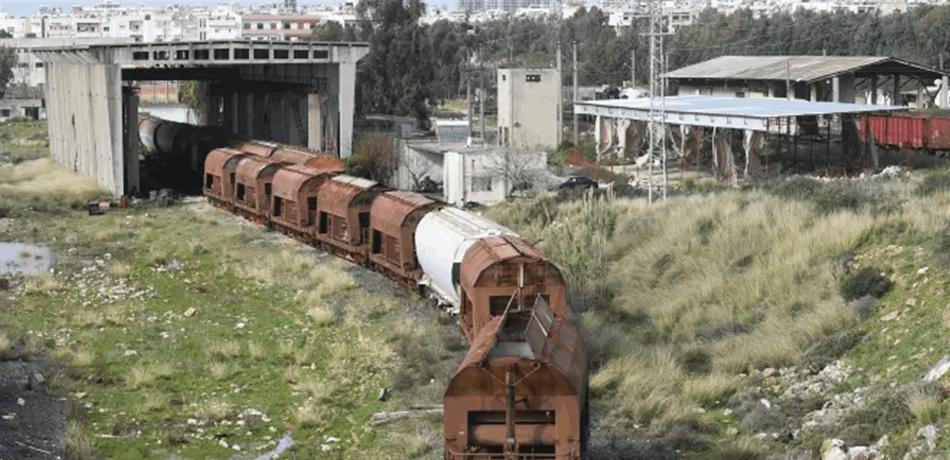 """سكة حديد تصل بين (3) دول عربية  تُقلق اسرائيل  .. """"تفاصيل"""""""
