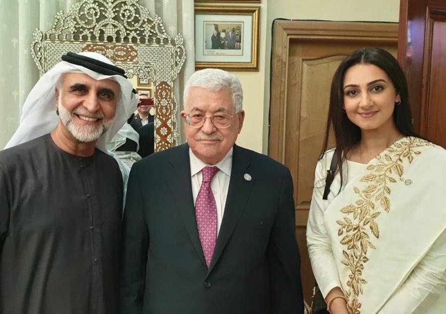 """هذا ما قاله الزوجان """"غلوم"""" و""""حسين"""" بعد تكريمهم من الرئيس الفلسطيني لسرايا"""
