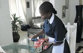 السماح بإعادة استقدام عاملات منازل من أوغندا