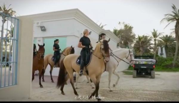 بالصور .. أميرات دبي الجميلات يستعرضن إمكانياتهن في الفروسية