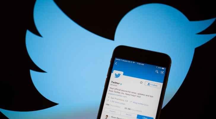 """""""تويتر"""" تحذف آلاف الحسابات بسبب تشجيعها عدم الاقتراع في الانتخابات الأمريكية"""
