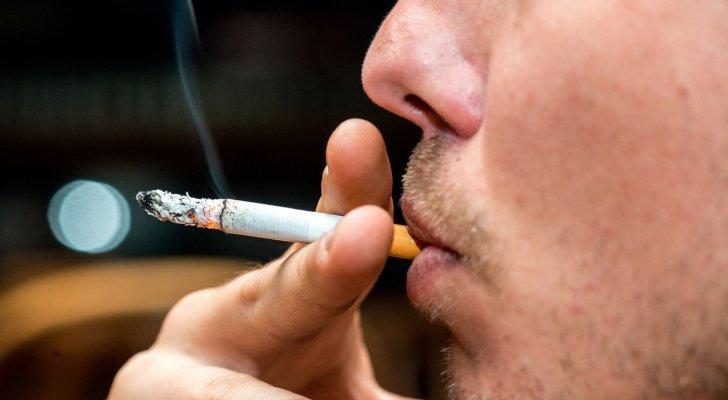 مخالفة 3 مؤسسات وإنذار 76 أخرى بسبب التدخين في الزرقاء
