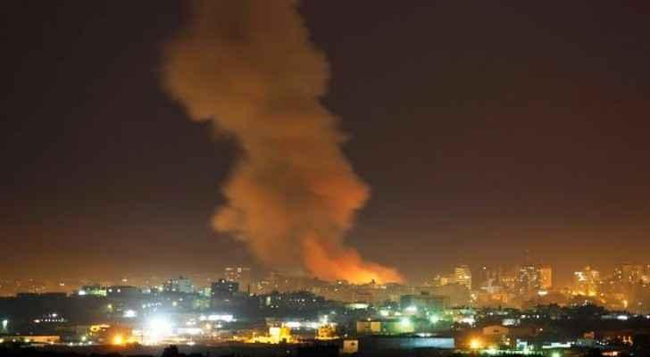 الاحتلال يقصف منطقتين في قطاع غزة