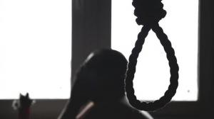 طفلة مصرية تنهي حياة أخرى شنقا بسبب أفلام عنف