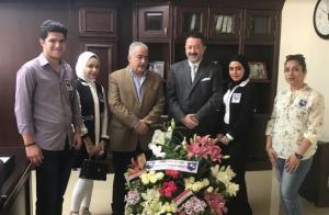 طلبة الجالية العراقية في جامعة عمان الاهلية يهنئون أ.د.ساري حمدان بمناسبة تعيينه رئيسا للجامعة