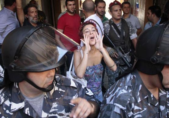 تصعيد حملة الاحتجاج على أزمة النفايات في لبنان