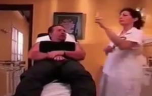 بالفيديو ..مواقف طريفة ومضحكة تحدث مع أطباء