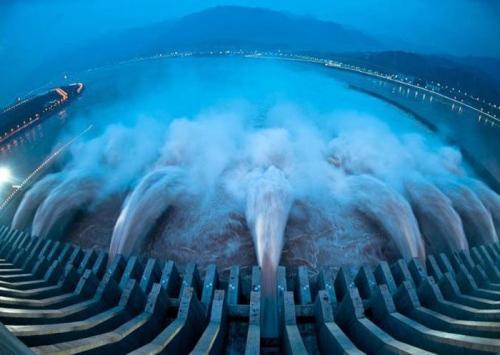بالصور ..  أكبر السدود المائية العملاقة في العالم