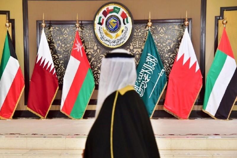 ترحيب سعودي إماراتي بجهود الكويت لحل الأزمة الخليجية