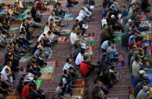 كيف تؤدي صلاة العيد  .. و ما هي أهم سُننها ؟