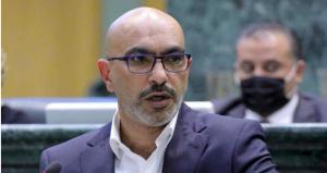 """النائب الحراسيس يطالب بـ""""شطب"""" كاتب مشاريع القوانين باعتباره """"معد للإعاقة"""""""