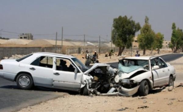 أربع إصابات في حادث سير بين مركبتين بخانيونس