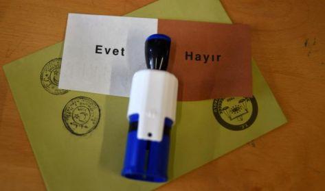 51.5 بالمئة ''نعم'' للتعديلات الدستورية بتركيا